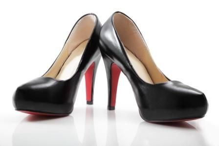 high-heel pumps