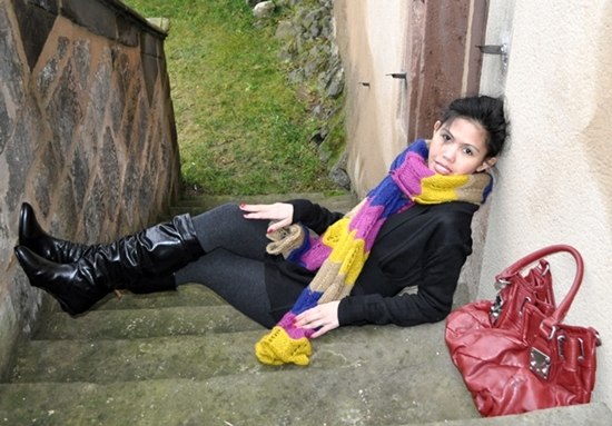 vibrant casual outfit outdoor winter