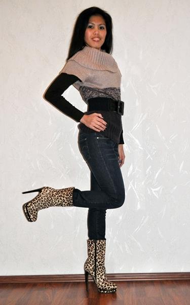 wear leopard print ankle boots