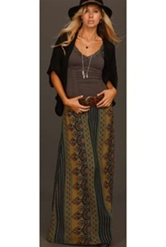 How to Wear Maxi Skirt with Flair