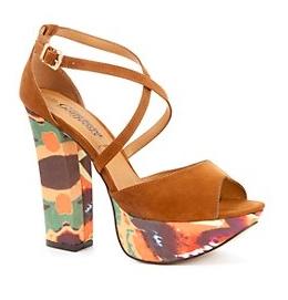 Patterned Platform Strappy Shoes