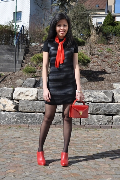 My Outfit Black Tunic Dress With Red Ankle Shoes Creative Fashion