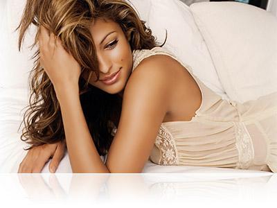 Eva Mendes natural divine tan