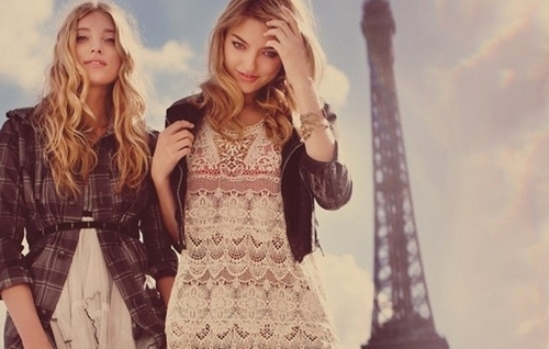 e465c09bc7cb What Summer Outfits to Wear in Paris