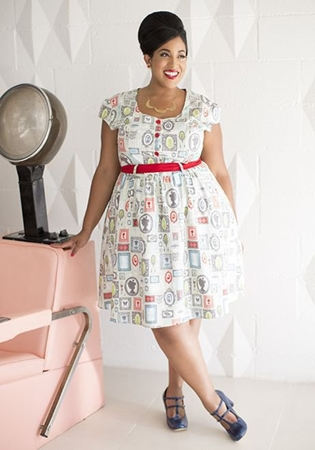 Plus size vintage portrait dress