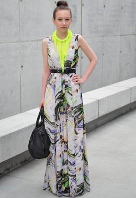 maxi dress with drop necklace