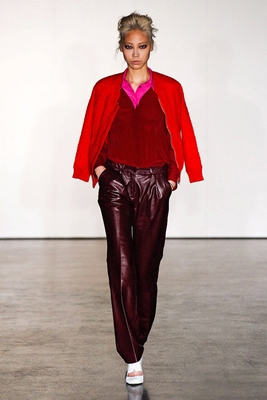 red and wine colorblocking