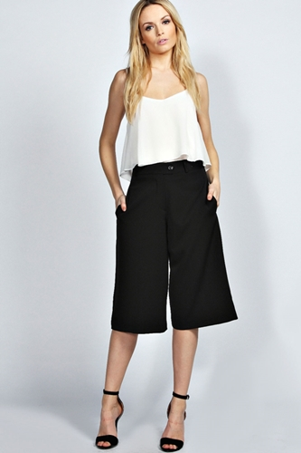How to Wear The Culotte Trend
