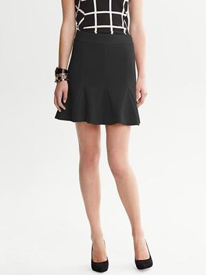 fluted skirt black