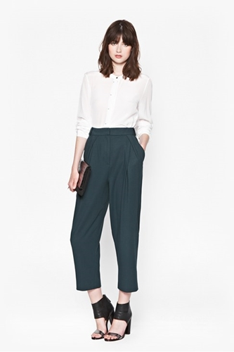 Collarless Shirt + Oversized Gathered Trousers Work Outfit