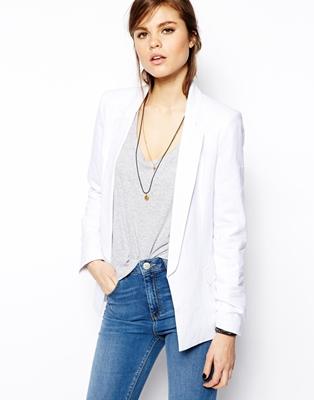 How to Wear a Longline Blazer
