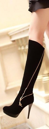 Stiletto Knee-Highs Sixtees Style Boots