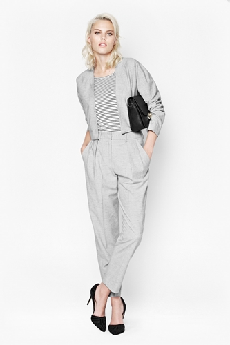 Suiting Boxy Jacket Smart Work Outfit