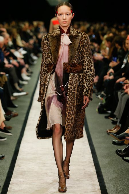 5 Fresh Ways to Wear Animal Print Coat for Cold Seasons