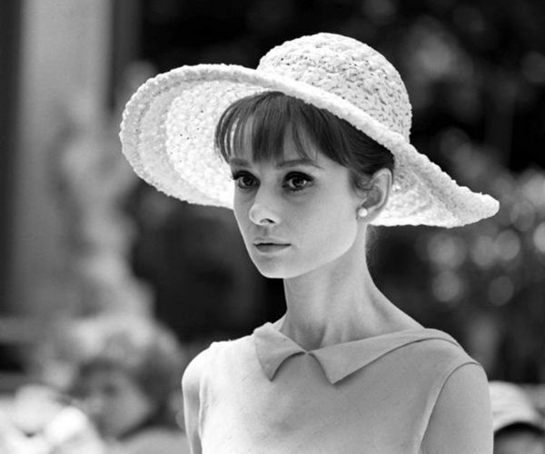 how to have elegant style like Audrey Hepburn