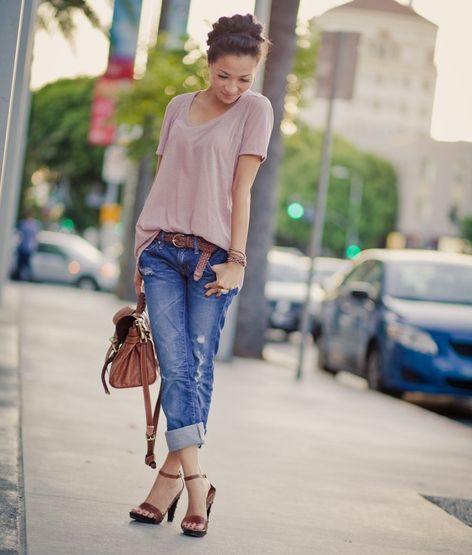 Boyfriend Jeans with Ankle Strap Shorten Legs