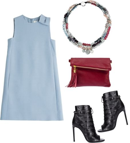 daring necklace outfit 1