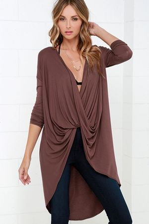 Sweeping Motion Maroon High-Low Top