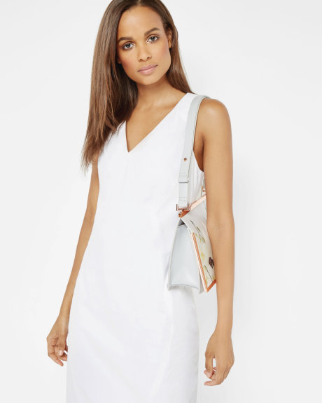 White V-neck sleeveless dress