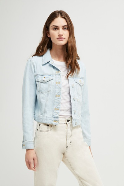 wear denim jeans with soft neutrals