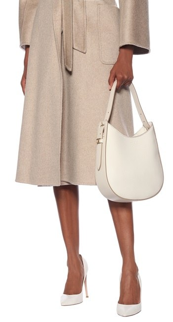 relaxed yet sophisticated fall winter looks clean and simple