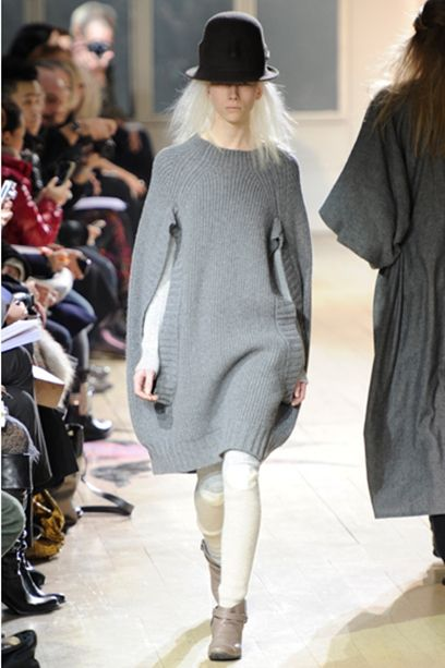 loose-knitted-sweater-gray