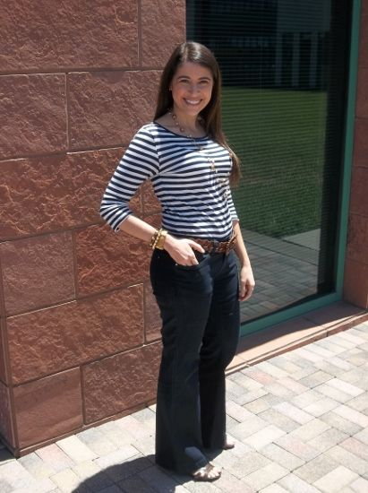 how to wear stripes with jeans - casual office friday look