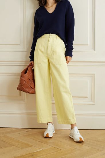 pastel yellow jeans outfit