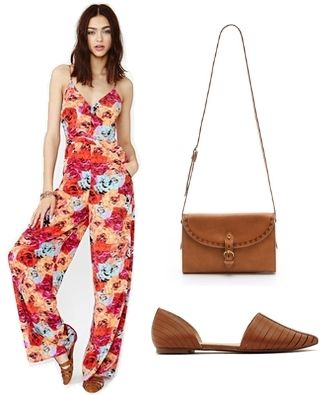 Casual summer outfit ideas: Floral Print Jumpsuit