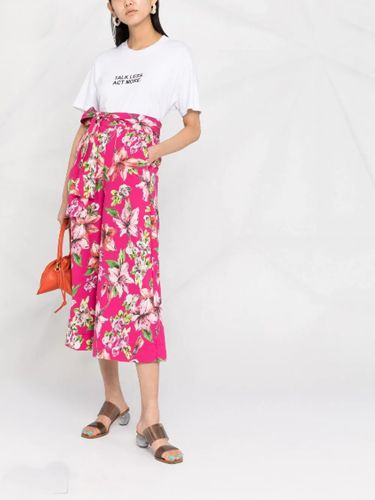 floral-print-culottes-outfit