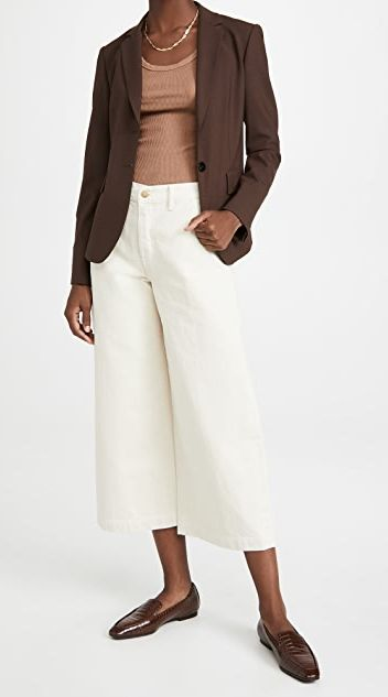 white-gaucho-pants-outfit-for-work