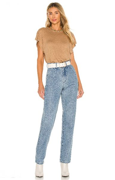 mom-jeans-with-ankle-boots