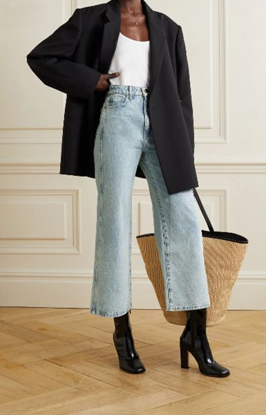 wide-leg-jeans-and-leather-boots