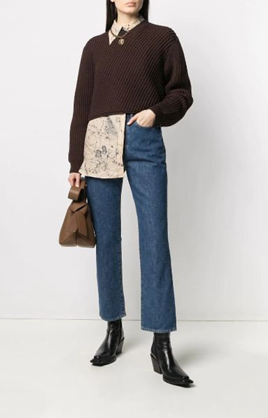 flare-jeans-with-cowboy-boots-for-winter