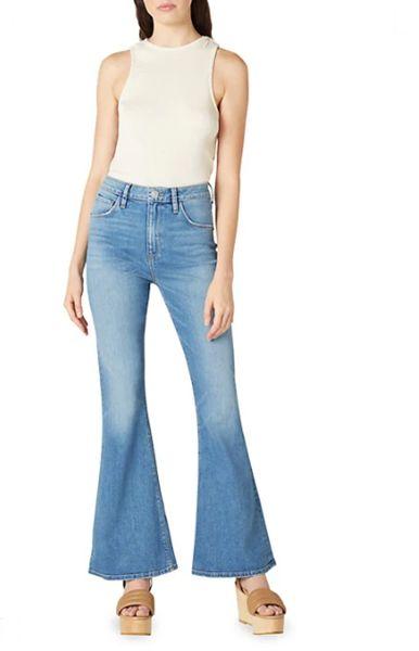 wide-leg-jeans-with-platform-sandals