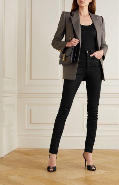 skinny-jeans-with-peep-toe-heels