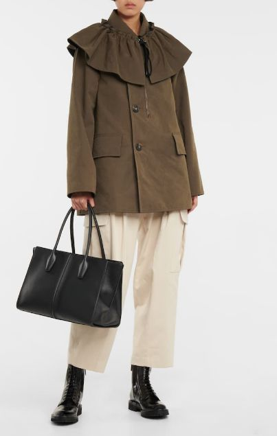 relaxed yet sophisticated fall winter looks ruffle trimmed canvas